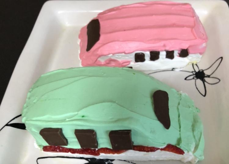 新幹線ケーキ完成写真