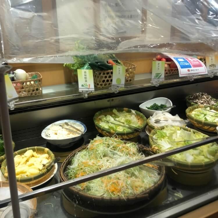 料理コーナーの飛沫防止シート