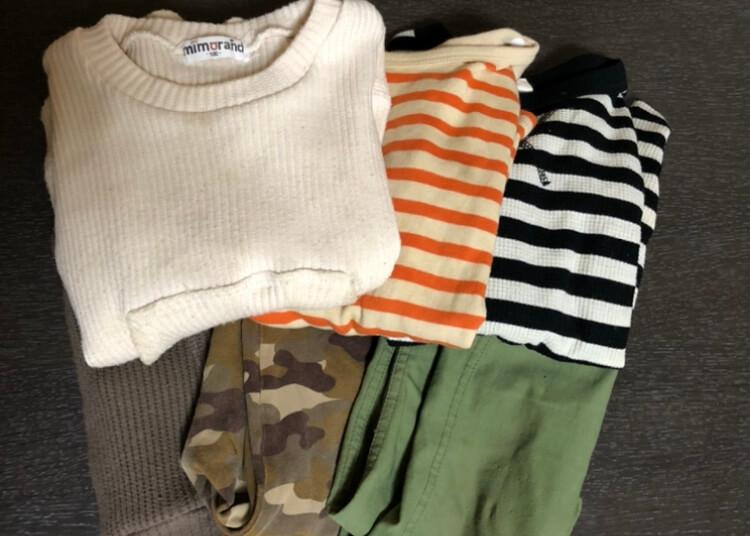 保育園用の3組の洋服